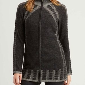 Indigenous Organic Cotton Cable Knit Zip Cardigan